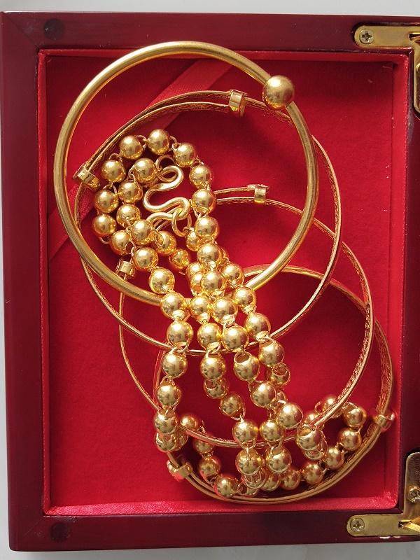 宝坻区黄金手镯项链回收,宝坻区旧黄金回收价格